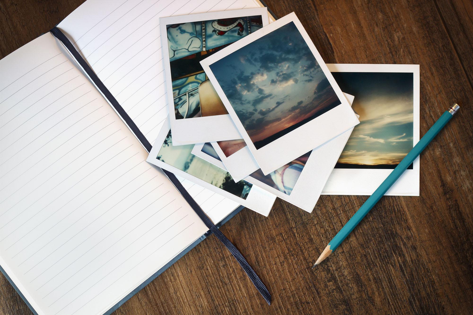 Make A Photo Memory Scrapbook